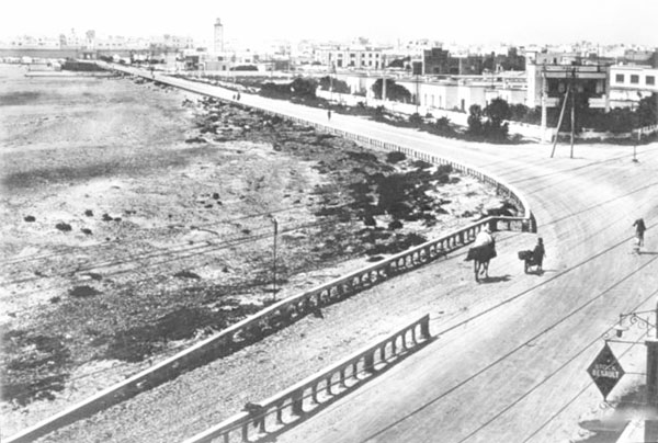 Old picture of the beach roads