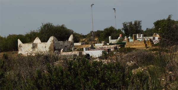 Graves in Sidi Magdopul